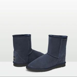 Navy Blue (FAKE) Uggs